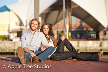 Baltimore Harbor Engagement Pics13