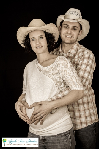 Munster IN Maternity Photographer-9