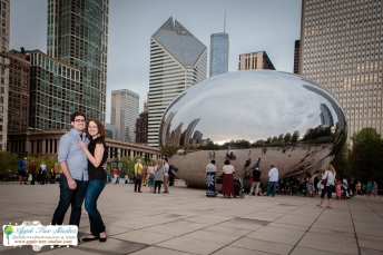 Millenium Park Chicago Engagement Photos-11
