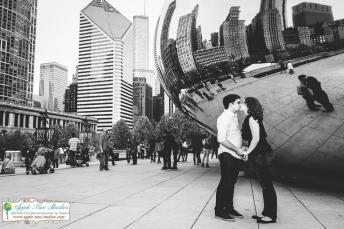 Millenium Park Chicago Engagement Photos-12